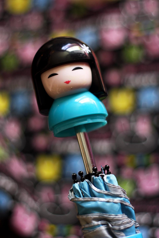 souvenirs-thailande-parapluie-umbrella-kokeshi-japonaise