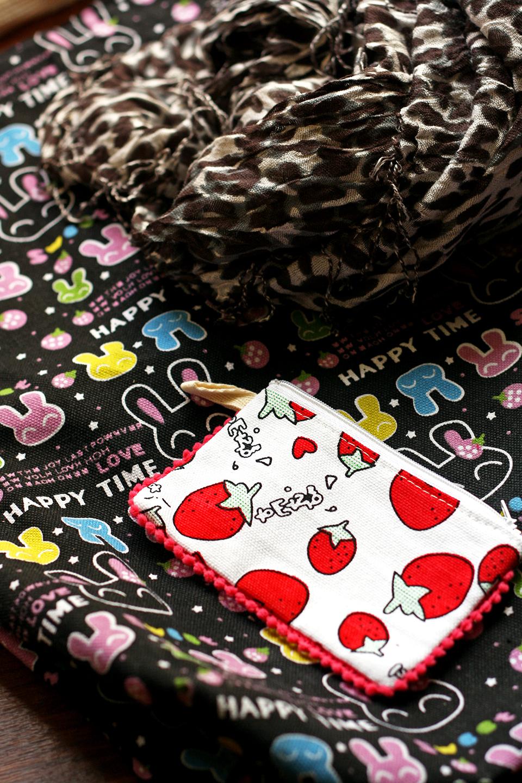 souvenirs-thailande-pochette-fraises-sac-etole