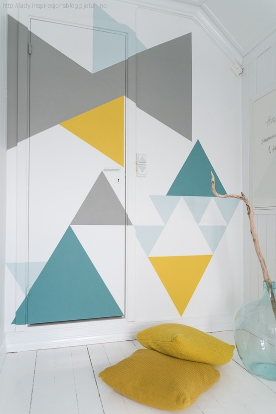 mur-triangles-multicolores
