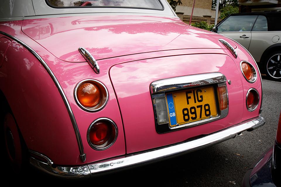 pink-car-london