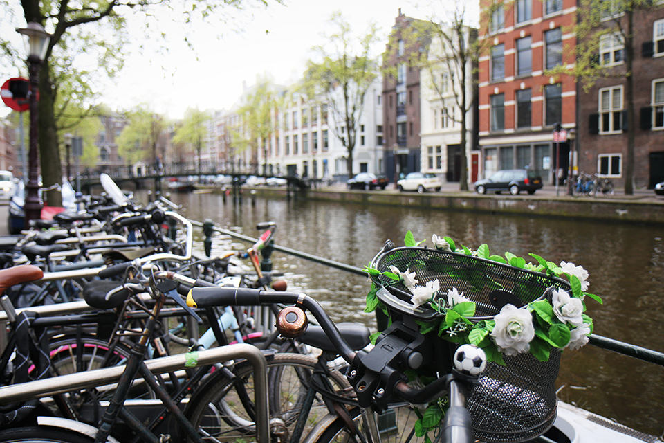 velos-amsterdam-bikes-50