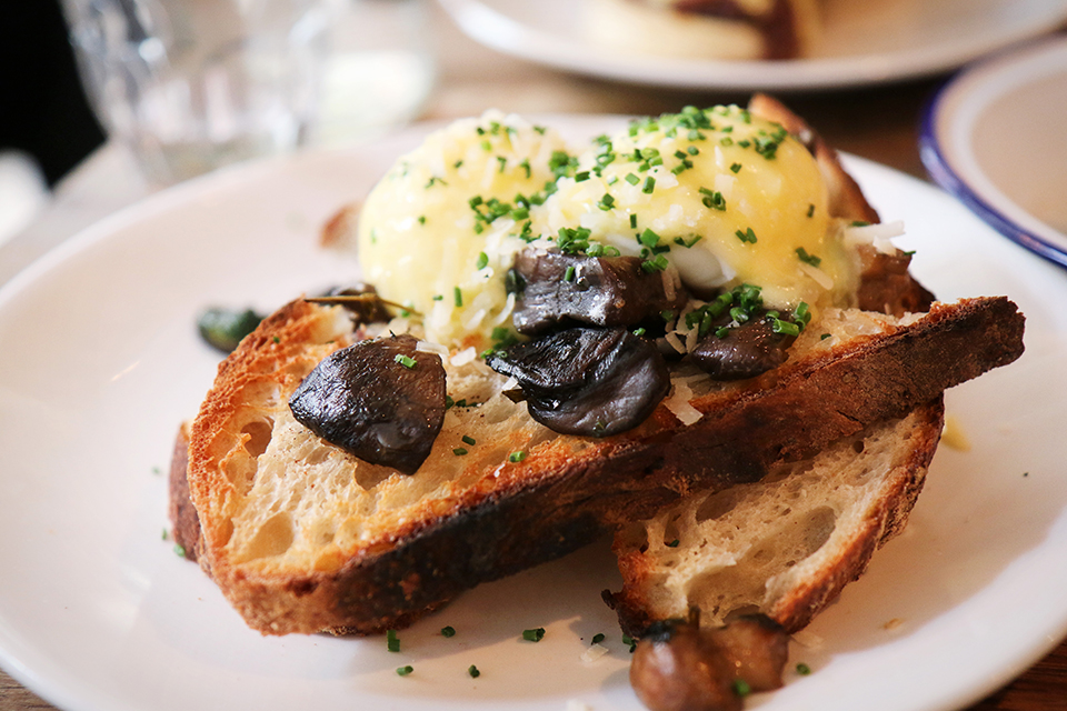 toast-oeufs-champignon-foxcroft-and-ginger-londres