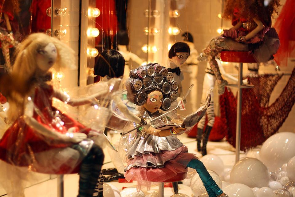 vitrines-noel-galeries-lafayette-2011-10