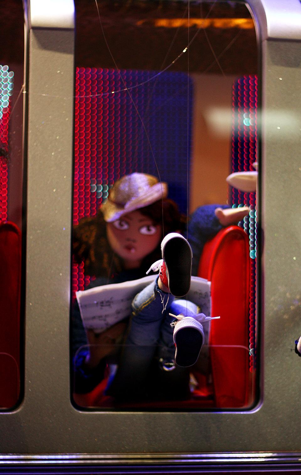 vitrines-noel-galeries-lafayette-2011-21