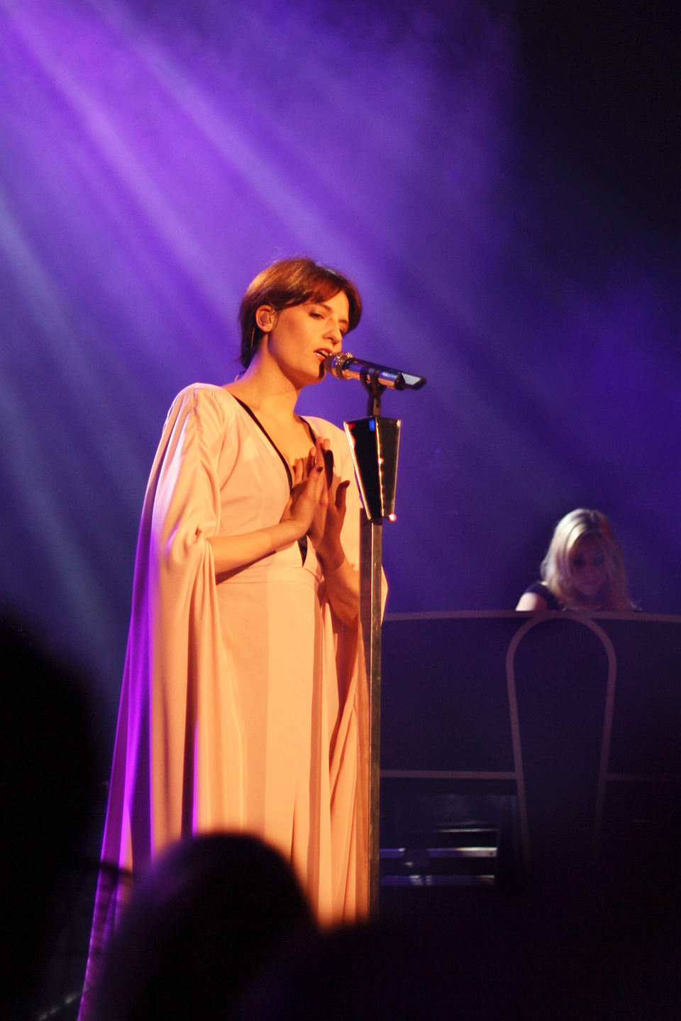 concert-florence-machine-paris-03