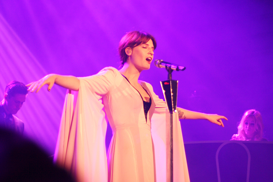concert-florence-machine-paris-05