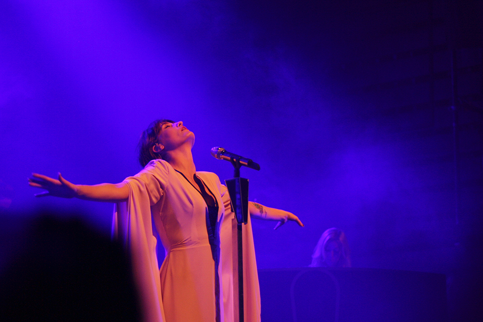 concert-florence-machine-paris-09