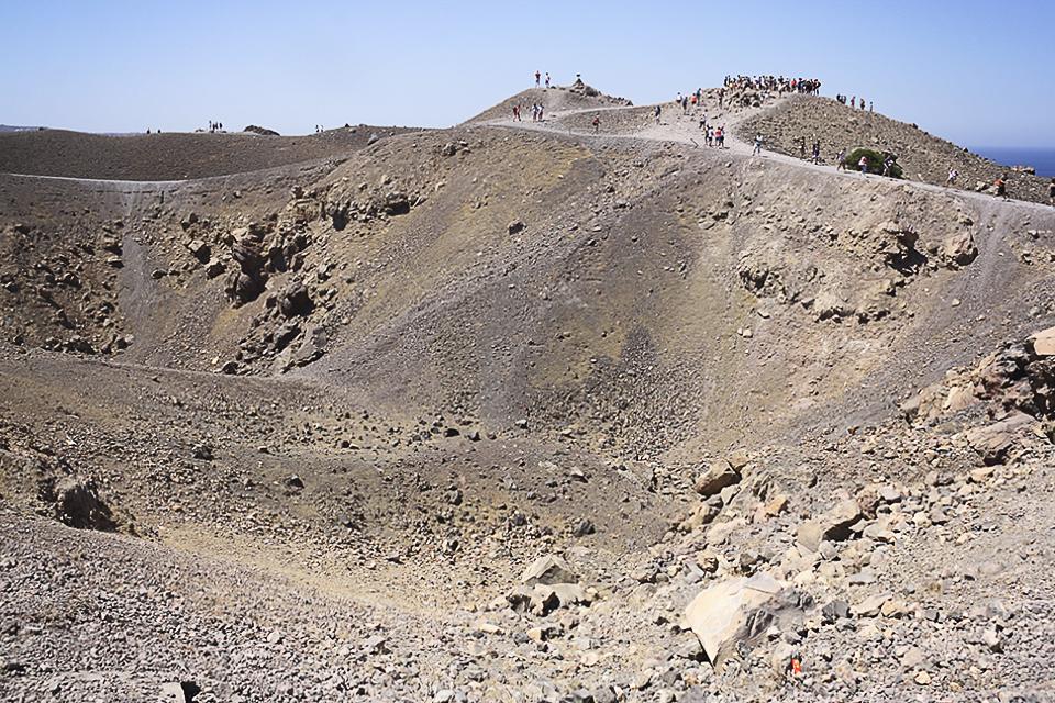 santorin-volcan-nea-kameni-grece-08
