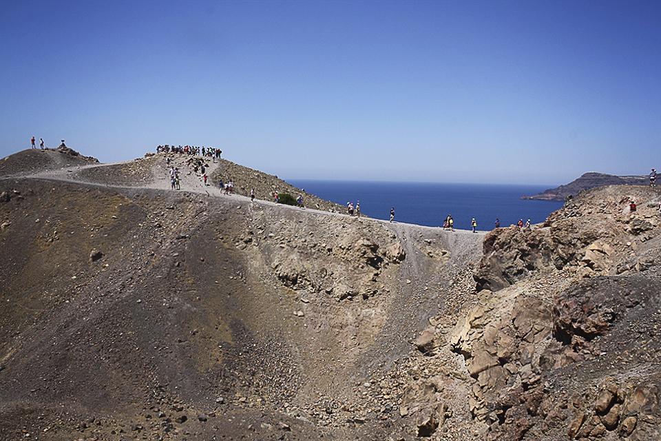 santorin-volcan-nea-kameni-grece-09