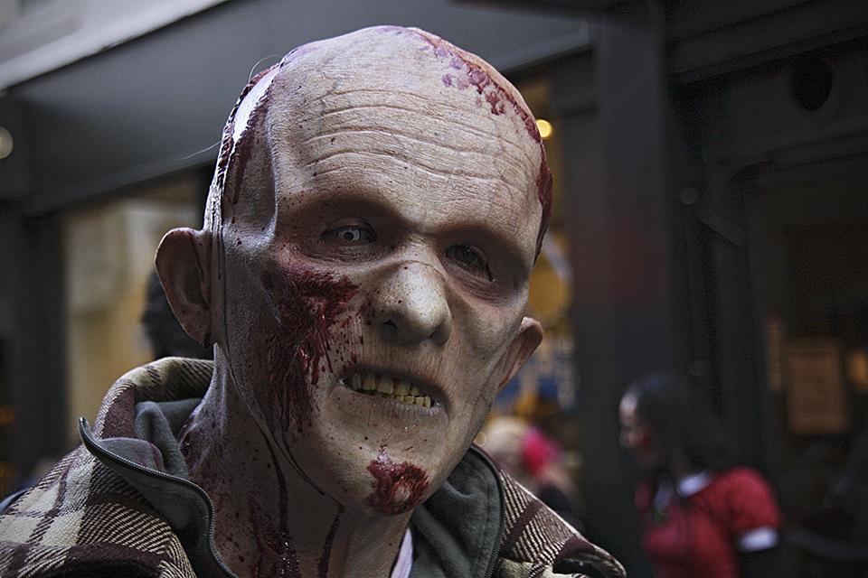 zombie-walk-paris-2013-024